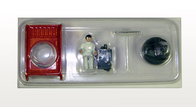 Ensemble Cameraman + Camera + Antenne + Socle Rouge (Exclusivité Dan-Toys)
